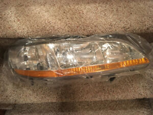 Honda Accord Headlamp Assembly - fits 2001 and 2002