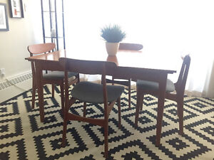 Teak Mid-Century Modern Table and 4 Chairs