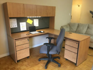 Commercial Grade L-Shape Office Workstions with Hutch (10 Units)