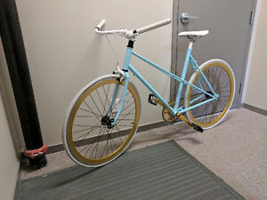 Ladies Cruiser Bicycle