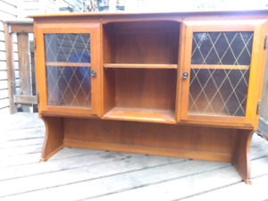 Top hutch or Tallboy