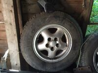 Land Rover discovery alloy wheels 4 plus steel wheel