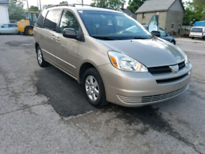 2004 TOYOTA SIENNA **CERTIFIED AND E-TEASTED ***