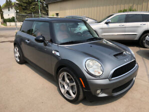 2010 Mini Cooper S Coupe - Leather, roof