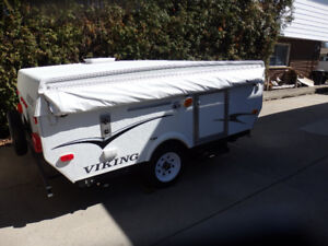 New low price!  2010 Viking 190 Hardtop Trailer