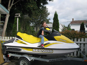FS 2007 seadoo and trailer