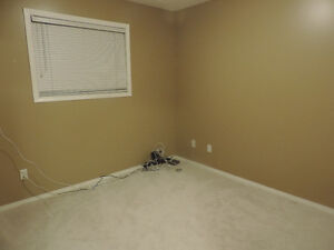 A months FREE RENT! $500 Pet OK - Internet/ Cable Utilities In.