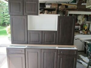 New 7 piece Kitchen Cabinets Chocolate Doors