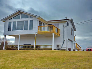 Incredible waterfront property with a view of Bouctouche River!