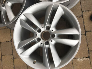 "Mags \ Jantes Mercedes 17"" OEM"