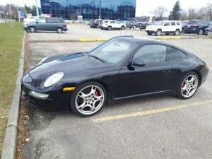 2005 Porsche 911 Coupe (2 door)