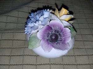 Radnor Bone China Flower Bouquet Oakville / Halton Region Toronto (GTA) image 7