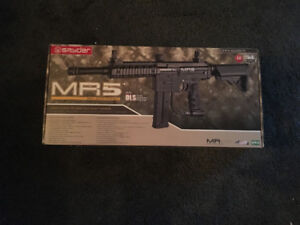 Spyder MR5 Dual Loader Paintball Package
