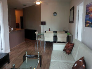 May: 3 Bedroom Furnished Downtown Condo @ Union - 12 Yonge St