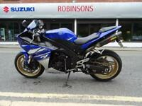 2010 YAMAHA YZF R1 BLUE LOW MILEAGE EXAMPLE WITH AKRAPOVIC CANS