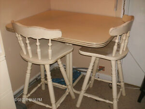 Beige kitchen table