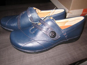 Clarks 'Unstructured'Leather Shoes..sizes 9,NEW.REDUCED