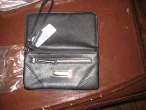 Kenneth Cole Black Ladies Wallet/Clutch Windsor Region Ontario image 2