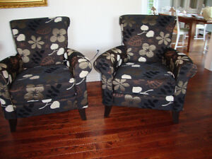 COMFORTABLE AND BEAUTIFUL CHAIRS