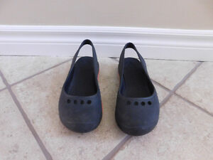 Genuine Women's Crocs. Great condition.Size 7
