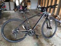 Brand New Specialized Crosstrail mountain hybrid bike hydros lockout disc forks brand