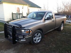 Rare Mint 2010 Dodge Ram 1500, 4x4 Reg Cab Longbox Fully Loaded