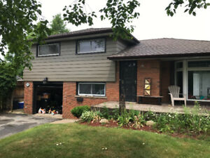 3+1 bedroom home for rent in Ancaster 80x220 lot!
