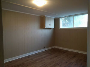 Room for rent available on June 1st