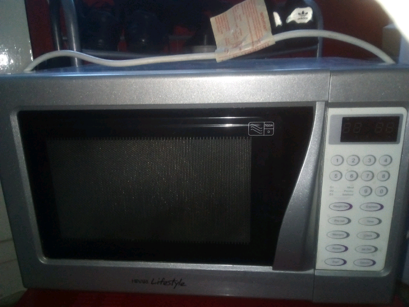 Selling Microwave In Mint Condition In Stoke On Trent