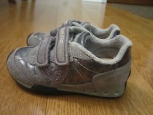 Geox size 9 Running Shoes with Velcro