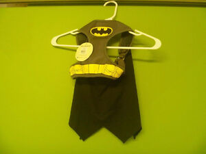 Size Large Batman Pet Costume