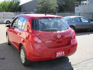 2011 Nissan Versa 1.8 ONLY $ 6500 Stratford Kitchener Area image 6