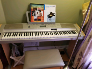 DGX 500 Piano Yamaha Portable Keyboard 88 note