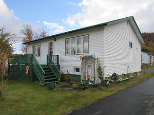 1.58 ACRE ESTATE..1 OWNER BUNGALOW...AVONDALE. St. John's Newfoundland image 2