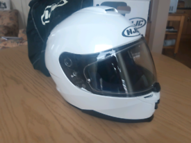 HJC IS17 motorcycle helmet white size M