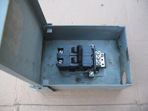 FEDERAL PIONEER ELECTRICAL BOX & 60 AMP BREAKER