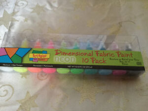 Scribbles neon fabric paint, set of 10.  New.