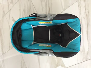 Excellent condition baby car seat