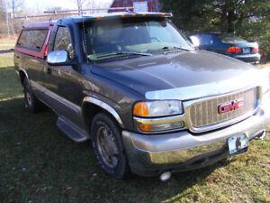 2001 GMC Sierra 1500 SL Pickup Truck