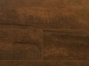 Laminate Floor 15mm Free Delivery!!!