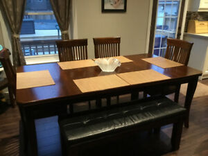 Dining Room Table $100  - Must Go!