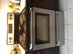 Frigidaire Electric Gas Range - $100