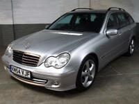 Nov 2004 MERCEDES-BENZ C220 2.1 CDi AUTO AVANTGARDE SE ESTATE LEATHER AUTO LIGHT