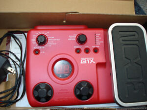 """""""ZOOM B1X"""" BASS EFFECTS PEDAL"""