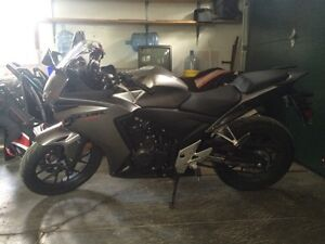 2015 CBR 500R-with ABS breaks