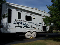 Montana 5th wheel, 29.55 RL (just reduced to 12000)