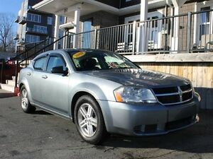 2009 Dodge Avenger SXT / 2.4L I4 / FWD **Affordable**