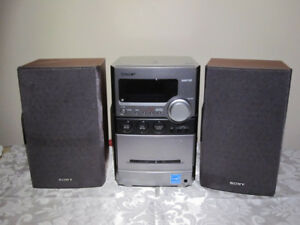 SONY CMT-NEZ30 Bookshelf Stereo TESTED REDUCED ! ! !