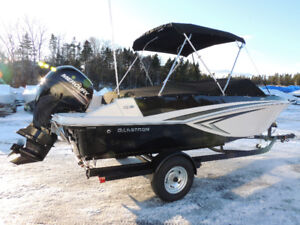 2017 Glastron GT200 Bowrider Month End Deal