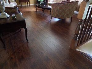 "Gorgeous 12.3mm Laminate Flooring, Authentic, ""Feel"" the Grain !"